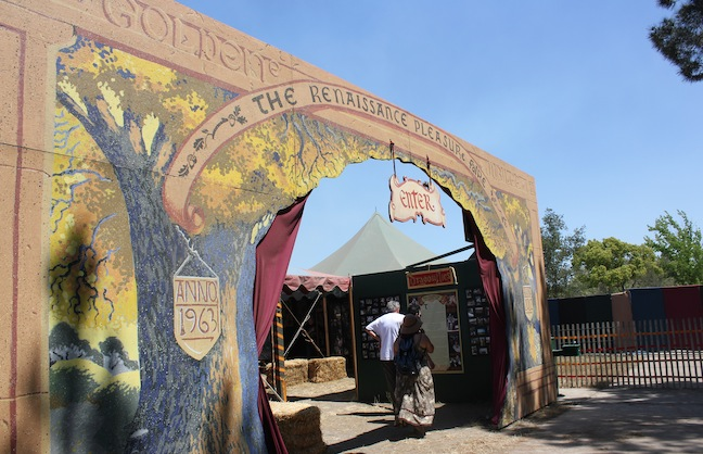 Renaissance Faire Previews and Promotes Event Through Pinterest