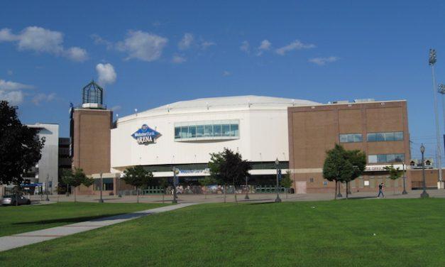 Islanders Sign OVG At Bridgeport Arena